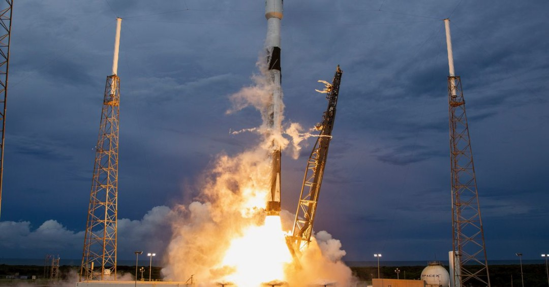SpaceX successfully launches and lands its rocket, misses catching its nosecone