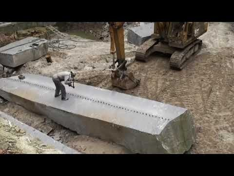 Ninja technique of splitting stone